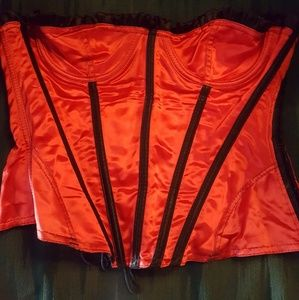 Frederick 's of Hollywood red and black corset